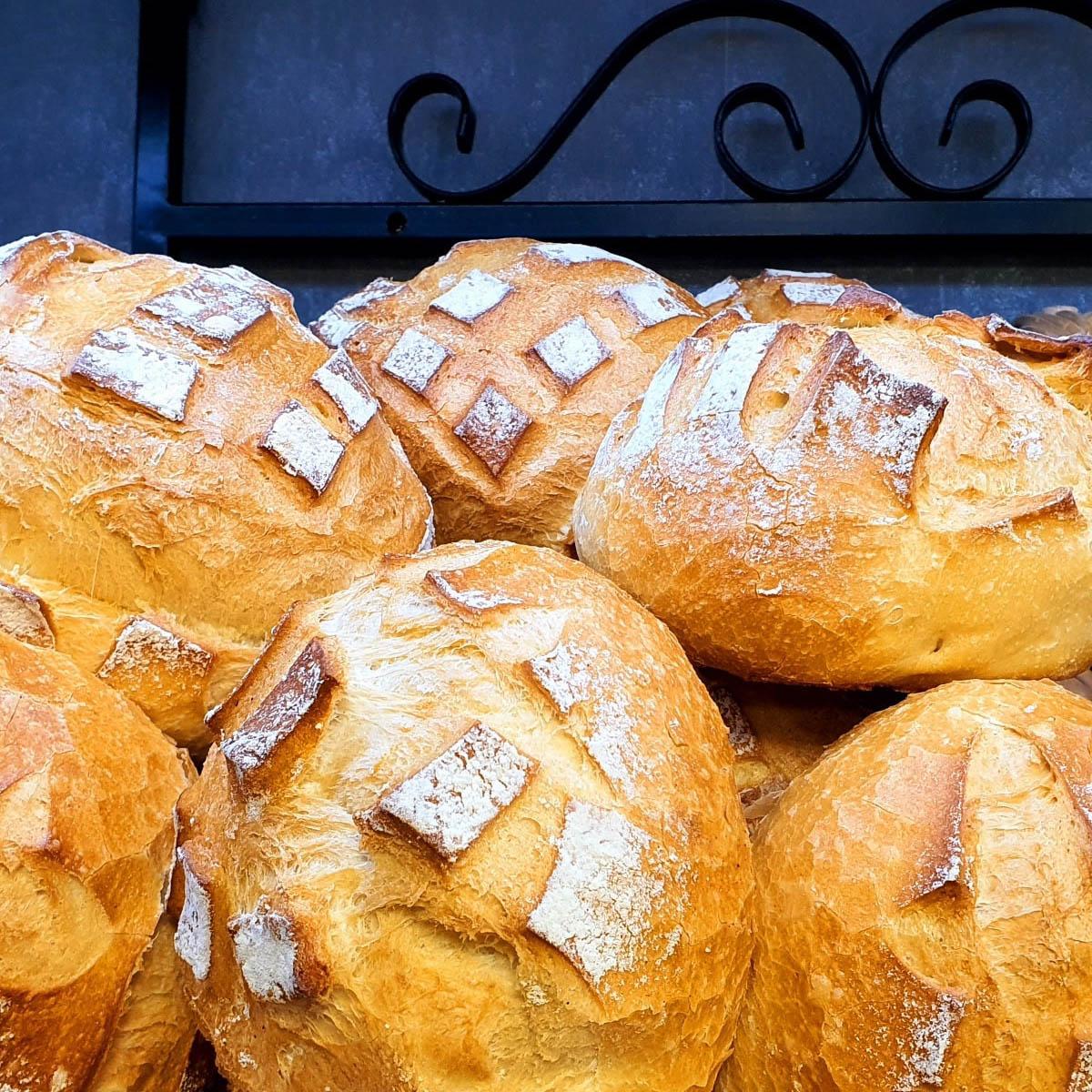 Pains Boulangerie Behem